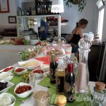 Sábado-de-buffet-vegetariano-y-vegano-–-Bar-Celoneta-Buffet-salado.jpg