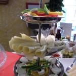 Sábado-de-buffet-vegetariano-y-vegano-–-Bar-Celoneta-Quesos.jpg