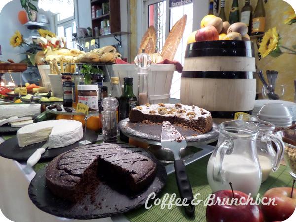 Brunch bufe libre vegetariano y vegano–Bar Celoneta-Bufe-Tartas