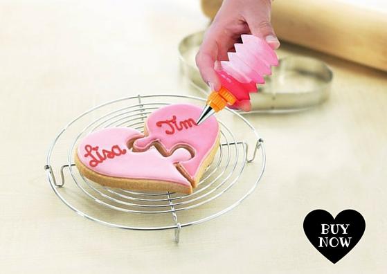 Molde para galletas en forma de corazon-puzzle