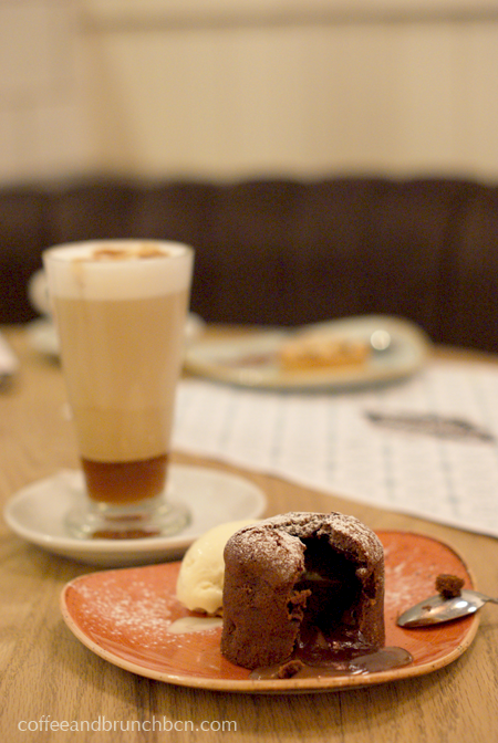 sirvent-brunch-con-encanto-en-sant-antoni-coulant-y-latte