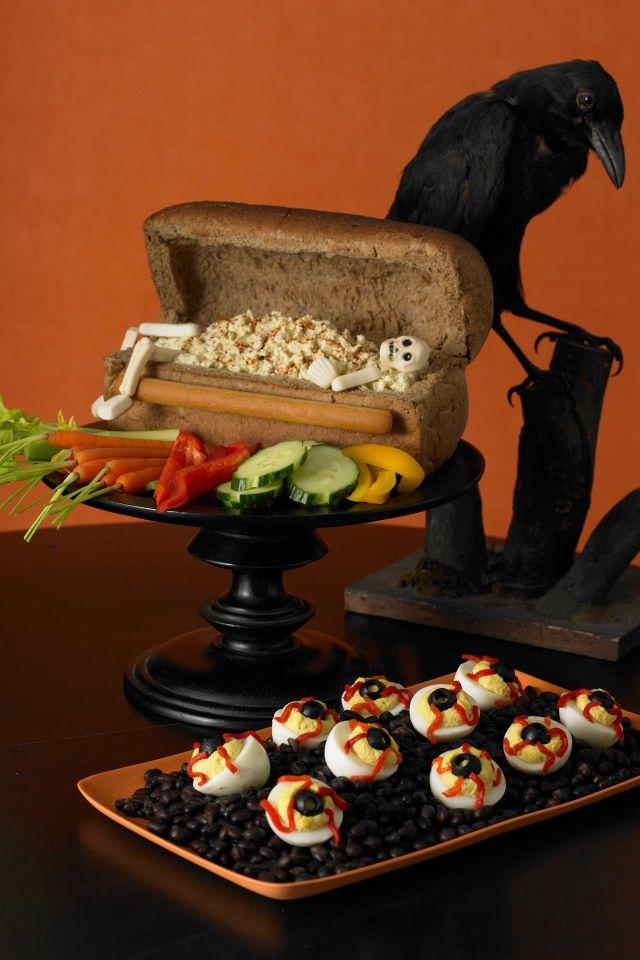 Recetas halloween brunch saludable-huevos como ojos
