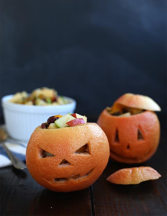 Recetas halloween brunch saludable linterna de Jack en pomelo