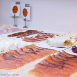 les-delicies-brunch-en-hotel-con-piscina-salmon