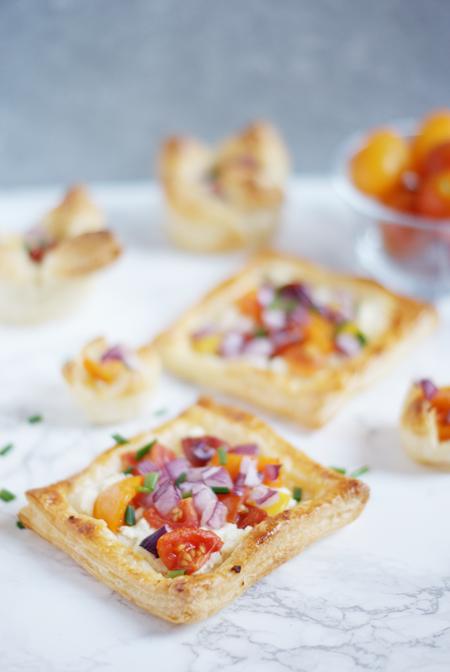 Tartaletas saladas de hojaldre, receta fácil para un brunch vegetariano